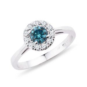 Zlatý prsten s modrými a bílými diamanty KLENOTA