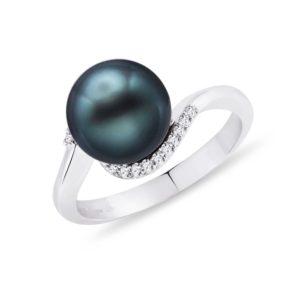 Zlatý prsten s tahitskou perlou a diamanty KLENOTA