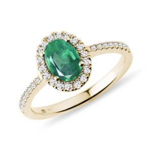 Prsten s oválným smaragdem a brilianty ve zlatě KLENOTA
