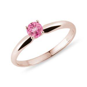Prsten z růžového zlata s růžovým safírem KLENOTA