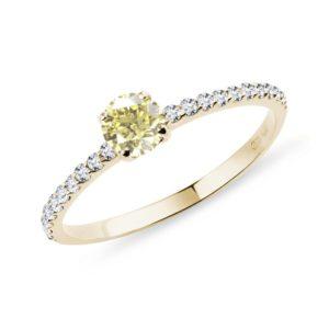 Zásnubní prsten ze žlutého zlata se žlutým diamantem KLENOTA